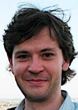 UCSD Physicist Dusan Keres named Hellman Faculty Fellow for 2013-2014